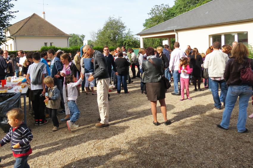 01 Ecole-Notre-Dame-Bretauche-Checy-Rentree-des classes-sept-2013