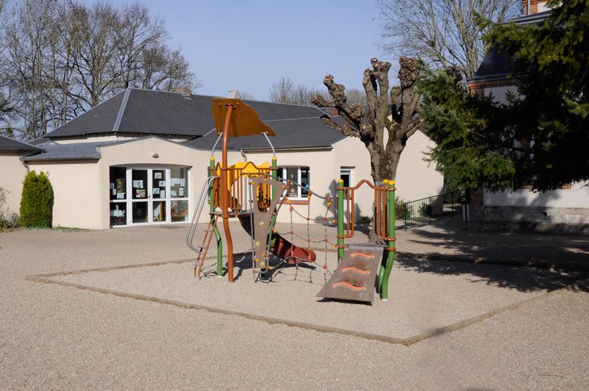 08 Ecole Notre dame de la bretauche -Cour